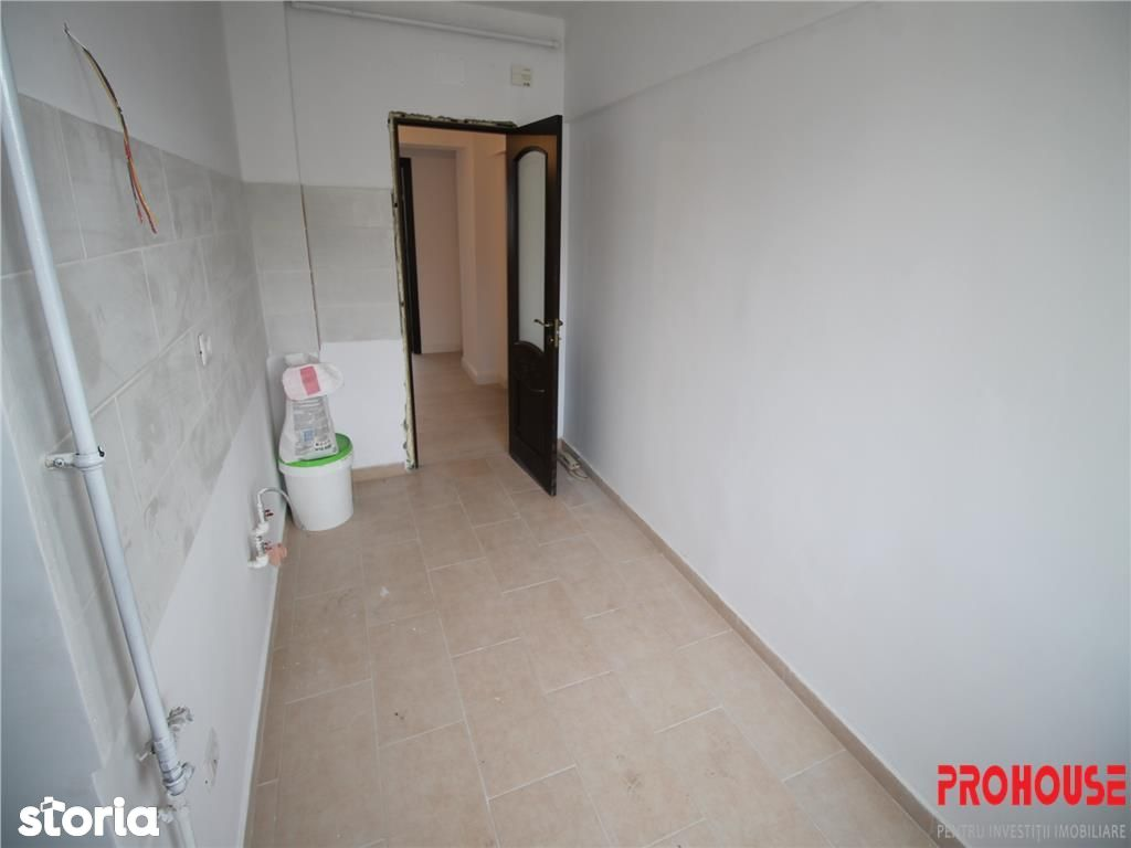 Apartament de vanzare, Bacău (judet), Strada Mihai Viteazu - Foto 3