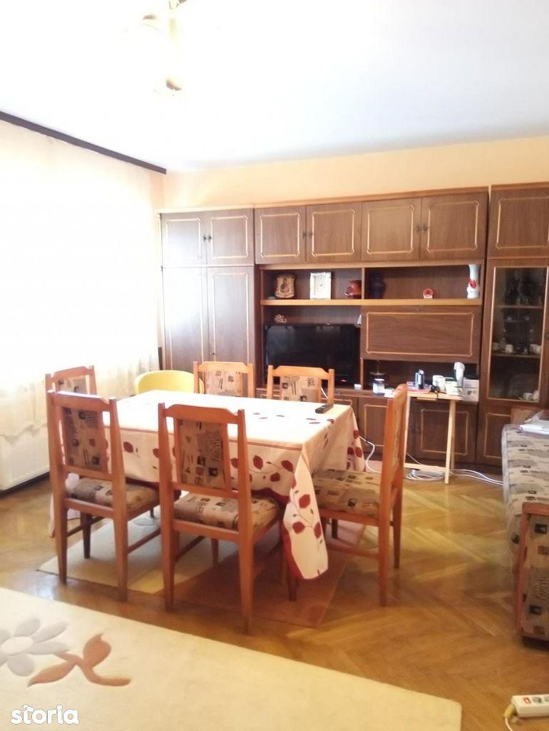 Apartament de vanzare, Argeș (judet), Căpăţânenii Pământeni - Foto 1