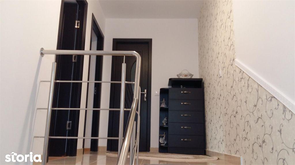 Casa de vanzare, Argeș (judet), Strada Sanda Movilă - Foto 6
