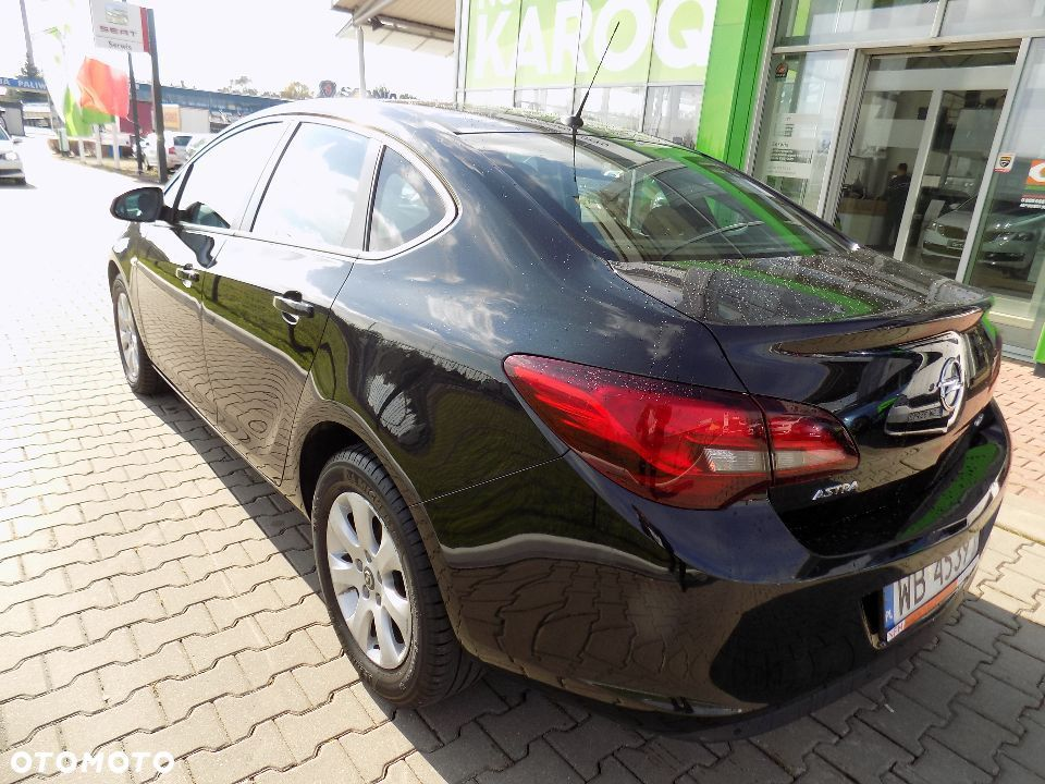 Opel Astra IV Business 1,7 Serwis - 11