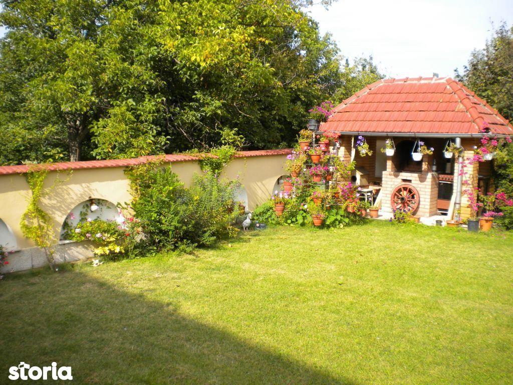 Casa de inchiriat, Argeș (judet), Strada Mărășești - Foto 1