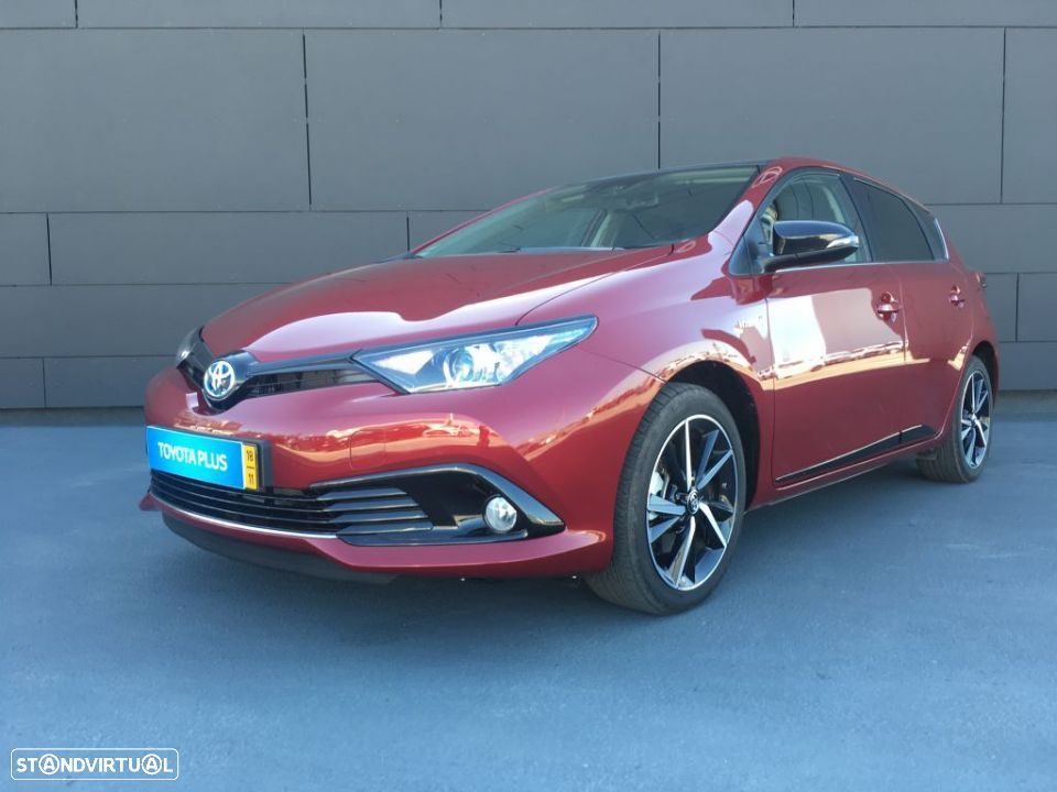 Toyota Auris HB HSD 1.8 SQUARE COLLECTION - 1