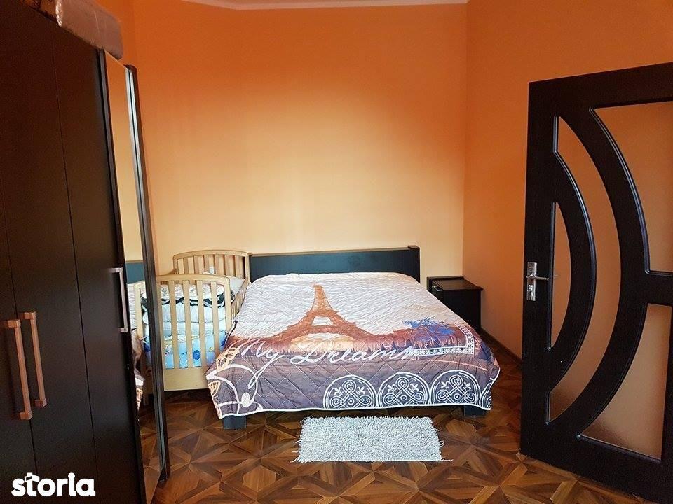 Apartament de vanzare, Arad, Boul Rosu - Foto 3