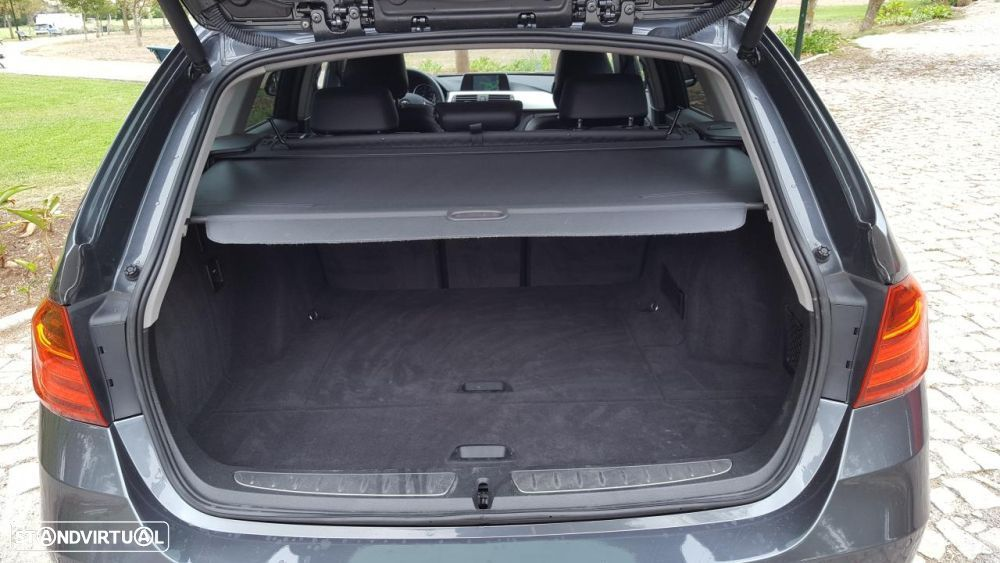 BMW 325 d Touring Pack M - 42