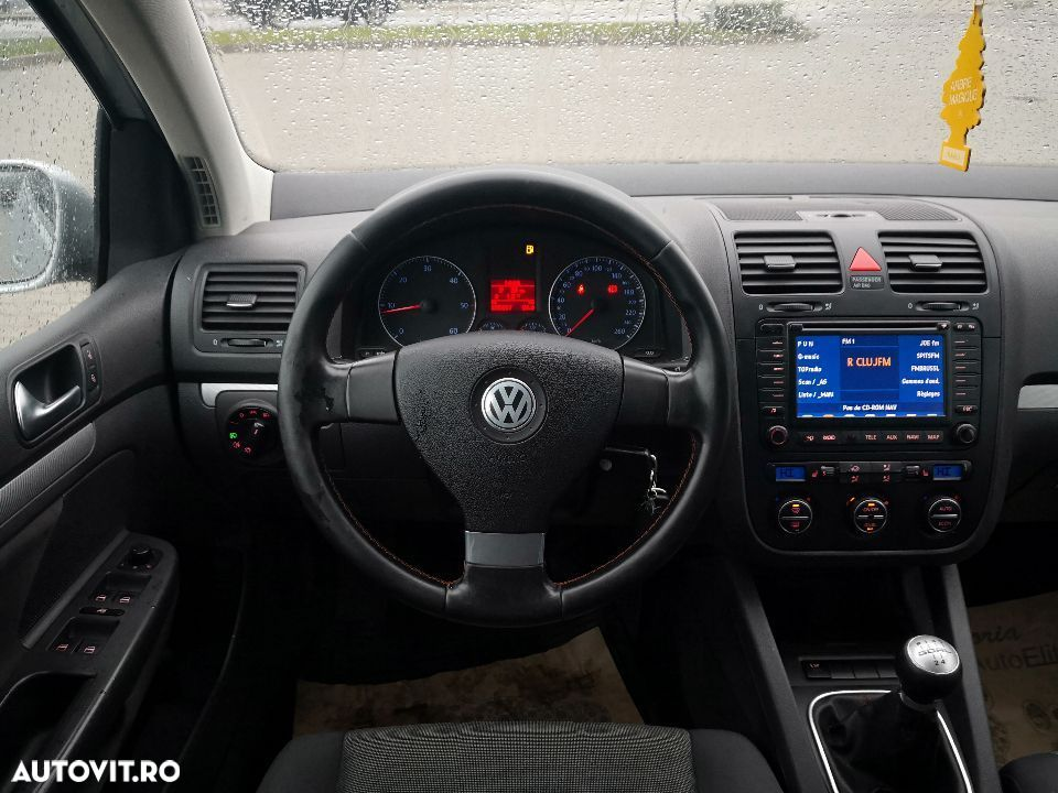Volkswagen Golf V - 30