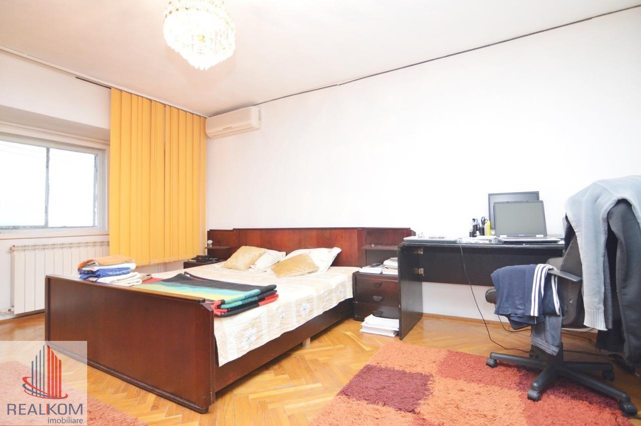 Apartament de vanzare, București (judet), Piața Alba Iulia - Foto 13
