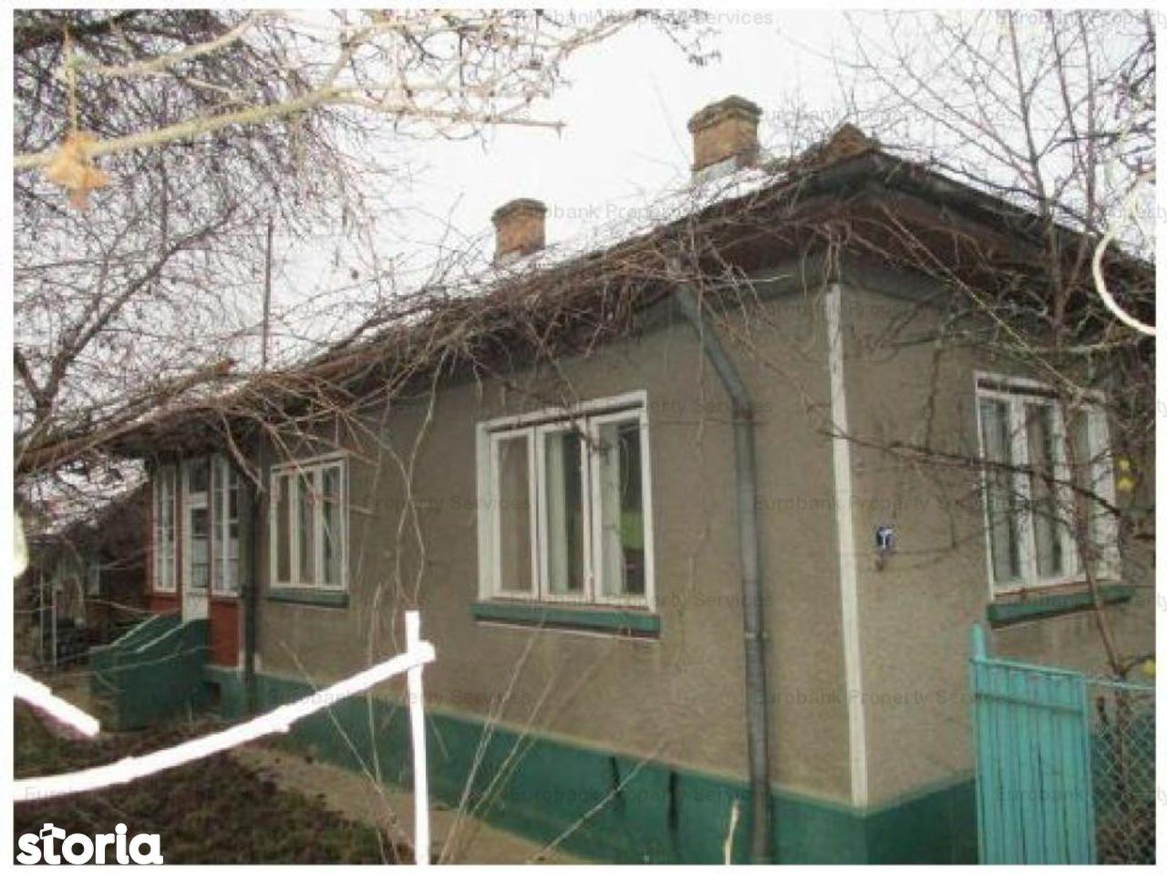 Casa de vanzare, Dâmbovița (judet), Strada Nicolae Văcărescu - Foto 1