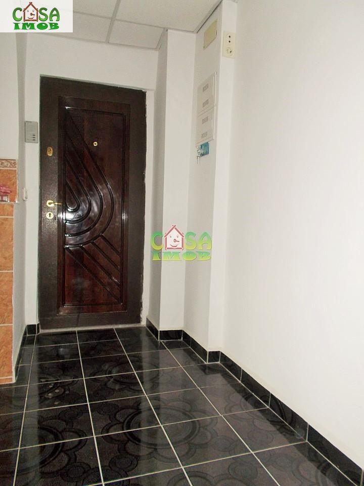 Apartament de vanzare, Dâmbovița (judet), Centru - Foto 11