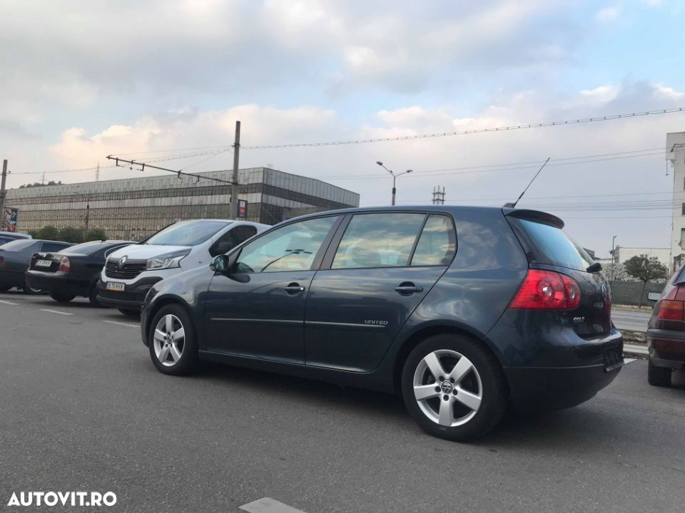Volkswagen Golf - 7