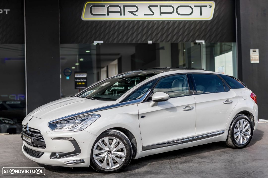 DS DS5 2.0 hdi  Hybrid4 Sport Chic - 1