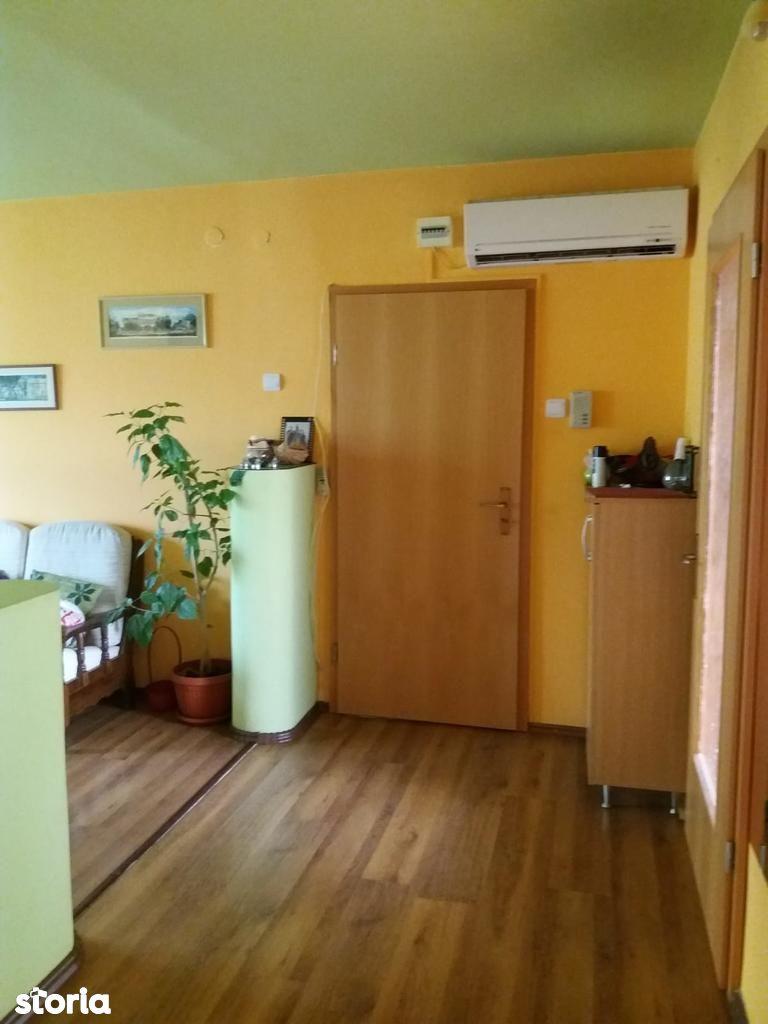 Apartament de vanzare, Maramureș (judet), Strada Ferenczy Karoly - Foto 3