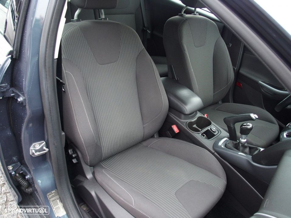 Ford Focus SW 1.6 TDCI Trend Econetic - 26