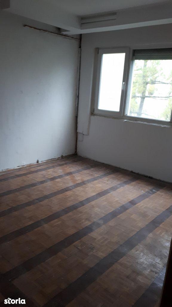 Apartament de vanzare, Bacău (judet), Șerbănești - Foto 4