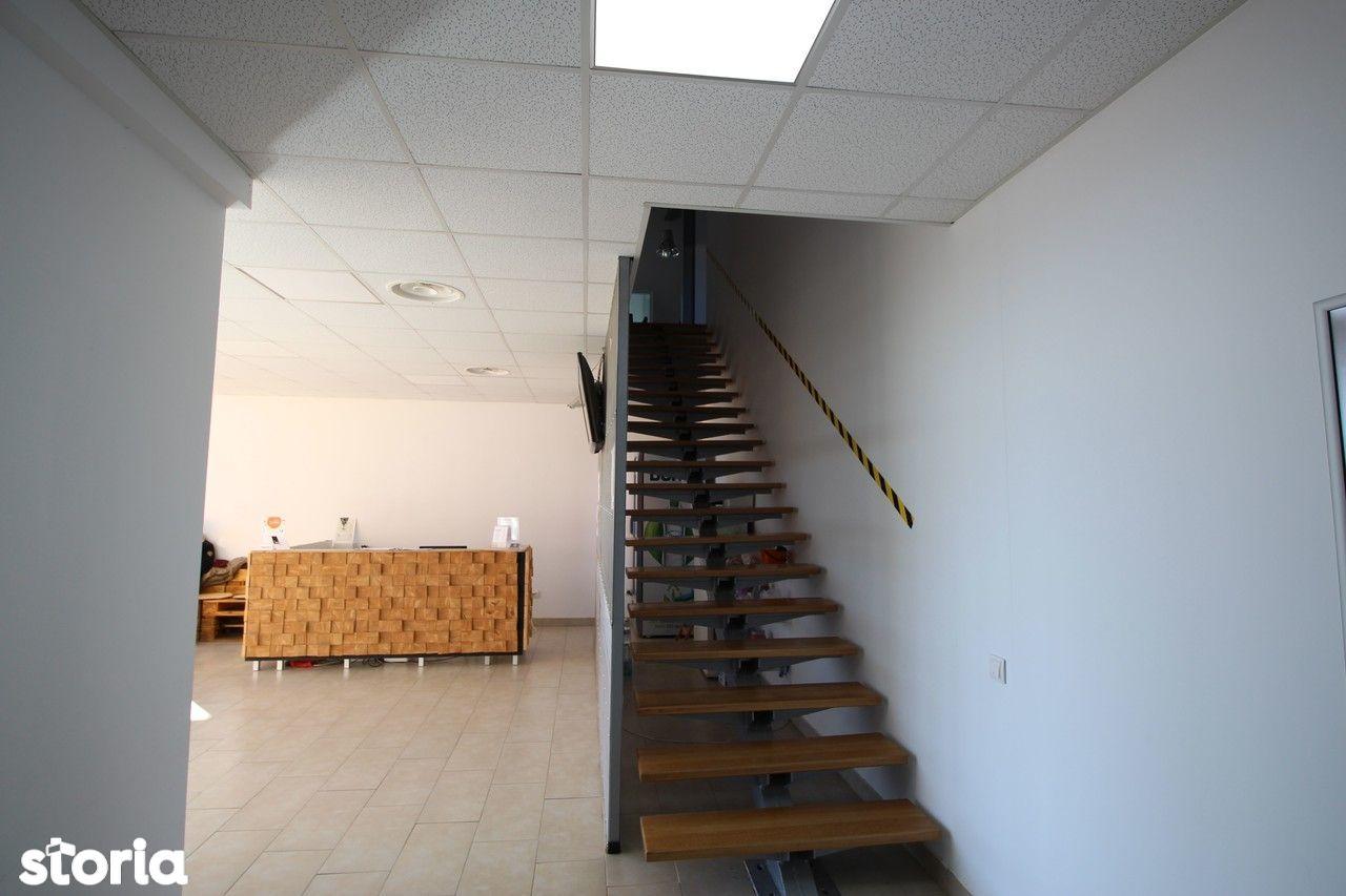 Birou de inchiriat, Timiș (judet), Strada Szentes - Foto 6