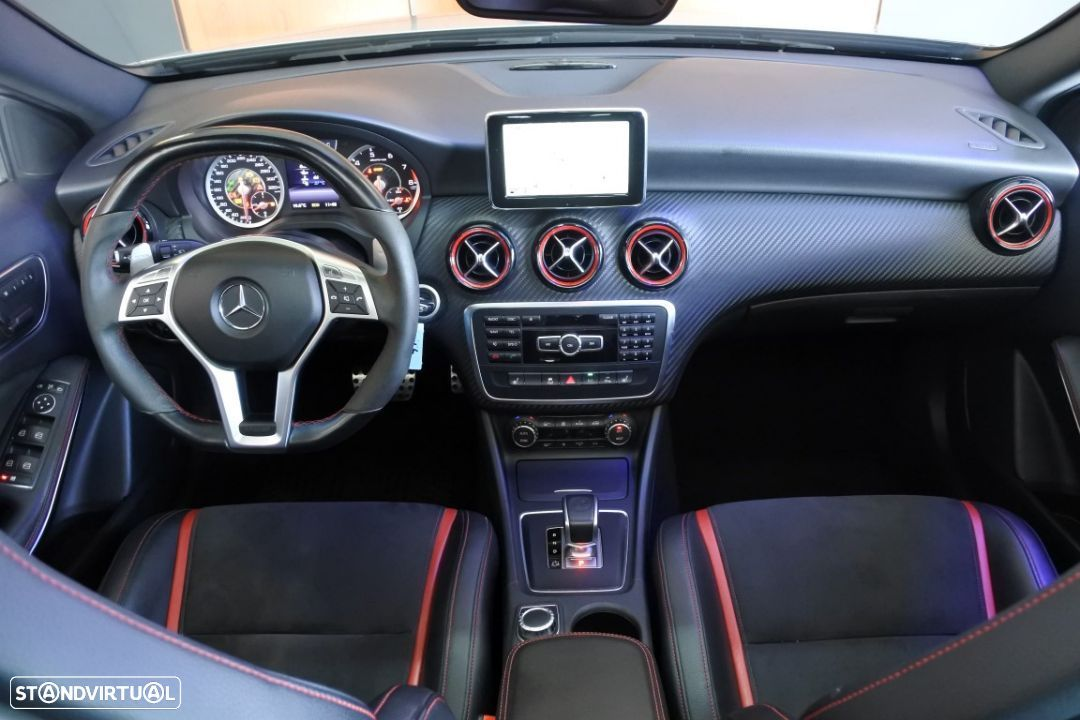 Mercedes-Benz A 45 AMG 4-Matic Performance - Recaro - 31