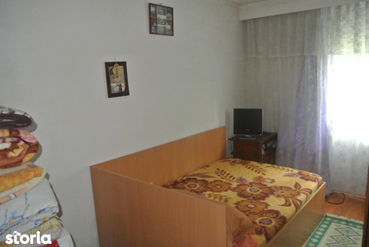 Apartament de vanzare, Argeș (judet), Războieni - Foto 3