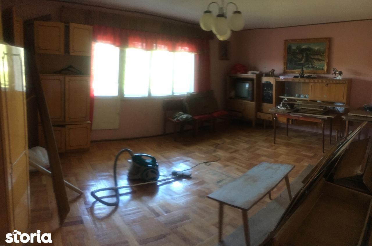 Casa de vanzare, Maramureș (judet), Strada Valea Borcuțului - Foto 10