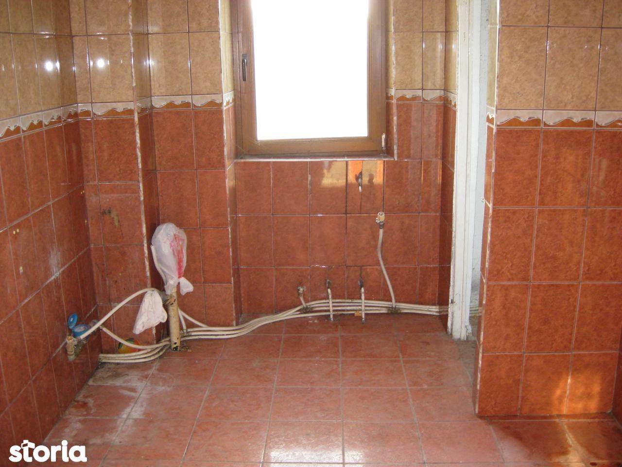 Apartament de vanzare, Vaslui (judet), Bârlad - Foto 1