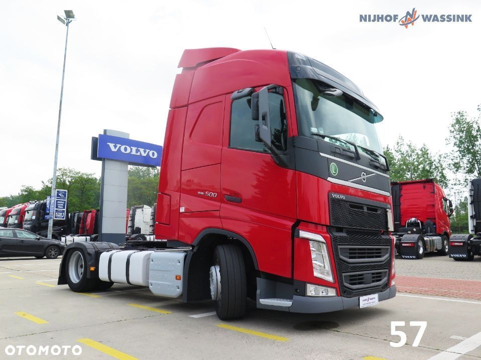 Volvo FH 500 EURO 6 GLOBETROTTER LOW DECK - 13