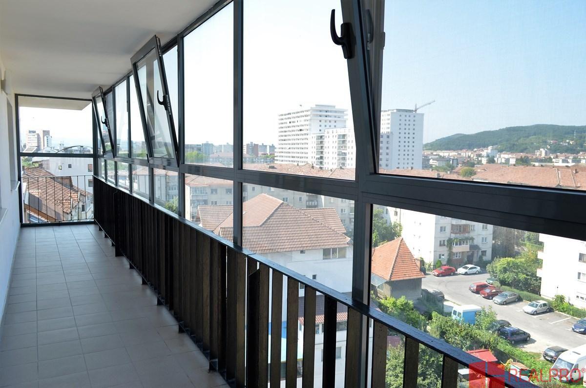 Apartament de vanzare, Vâlcea (judet), Strada Eroilor - Foto 8