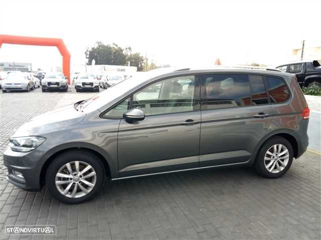 VW Touran 1.6 TDI Confortline - 6