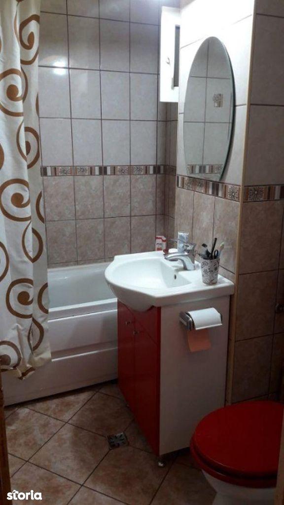 Apartament de vanzare, București (judet), Tei - Foto 5