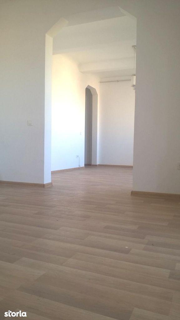 Apartament de vanzare, București (judet), Sectorul 5 - Foto 4
