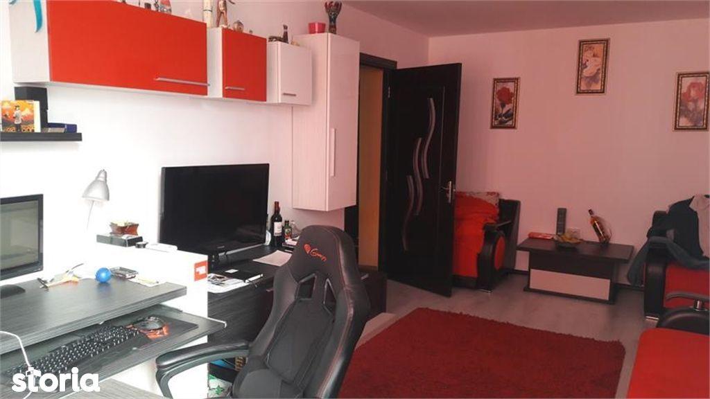 Apartament de vanzare, Argeș (judet), Strada Buna Vestire - Foto 3