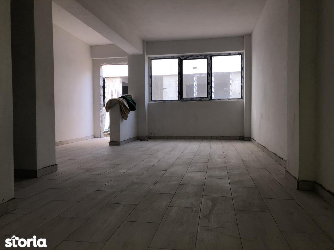 Apartament de vanzare, Iași (judet), Valea Adâncă - Foto 1