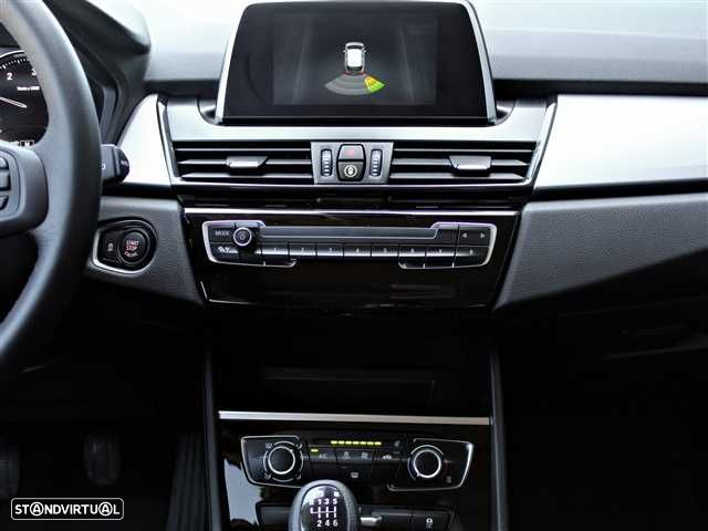 BMW 216 Active Tourer d - 12