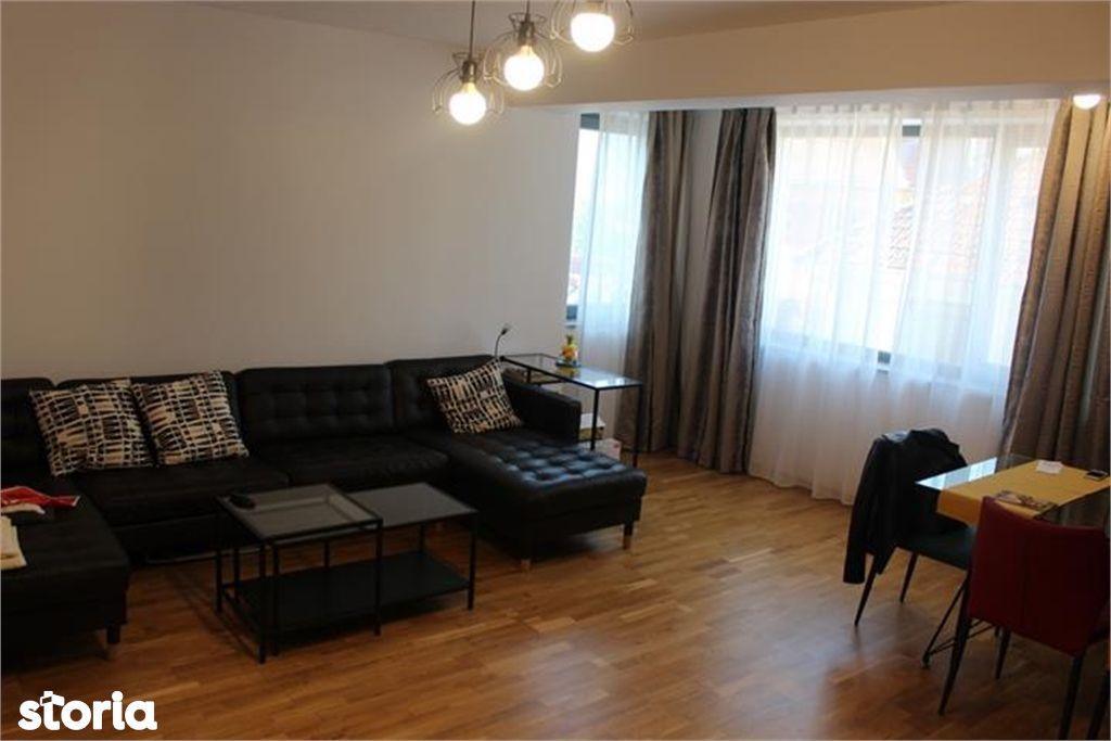 Apartament de vanzare, Brașov (judet), Strada Mihai Viteazul - Foto 1
