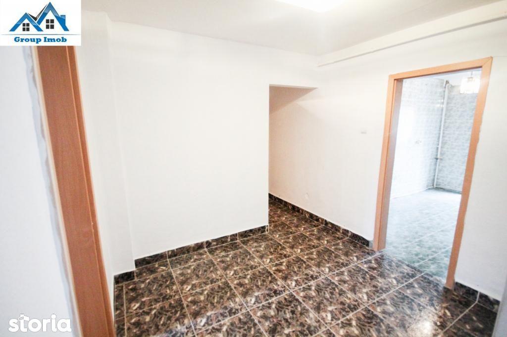 Apartament de vanzare, Bacău (judet), Bacovia - Foto 3