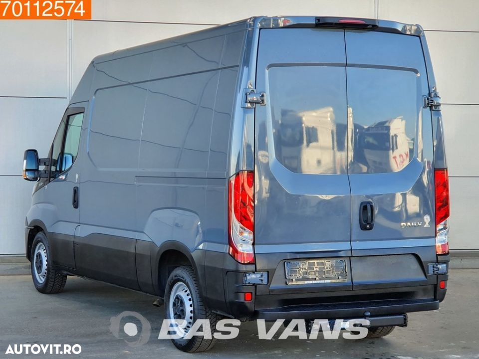 Iveco Daily 35S15 3.0 150pk Navi Camera Luchtvering 3.5T Trekhaak L2H2 11m3 Airco Trekhaak Cruise - 2