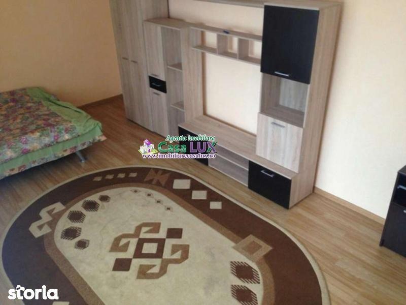 Apartament de inchiriat, Bacău (judet), Nord - Foto 1