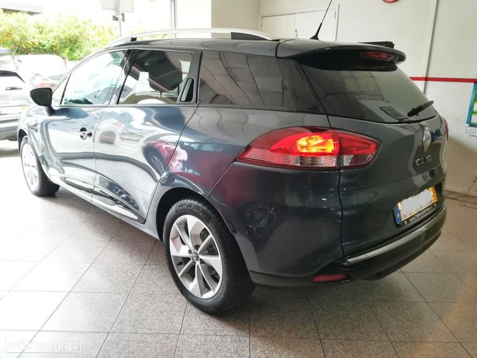 Renault Clio Sport Tourer 1.5 DCi Limited - 2