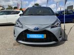 Toyota Yaris 1.5 Hybrid SQUARCollection Cement - 1