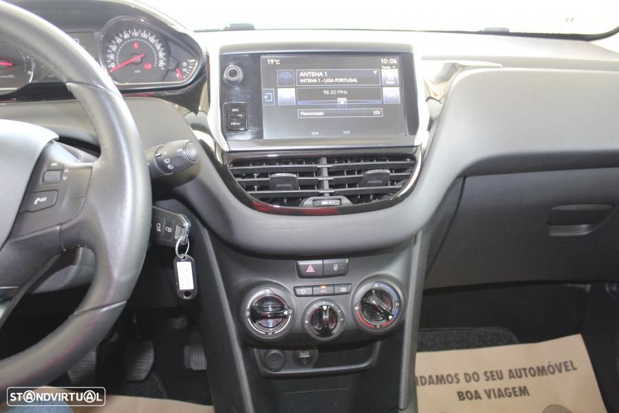 Peugeot 208 1.4 HDI Active - 33