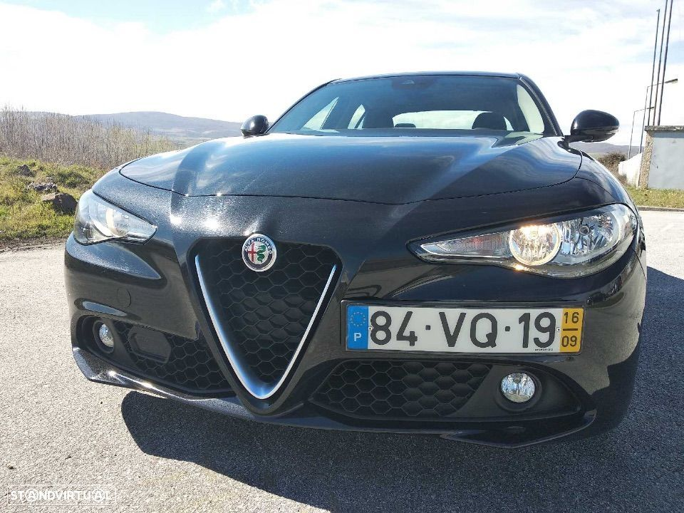 Alfa Romeo Giulia Super AT8 180cv - 2