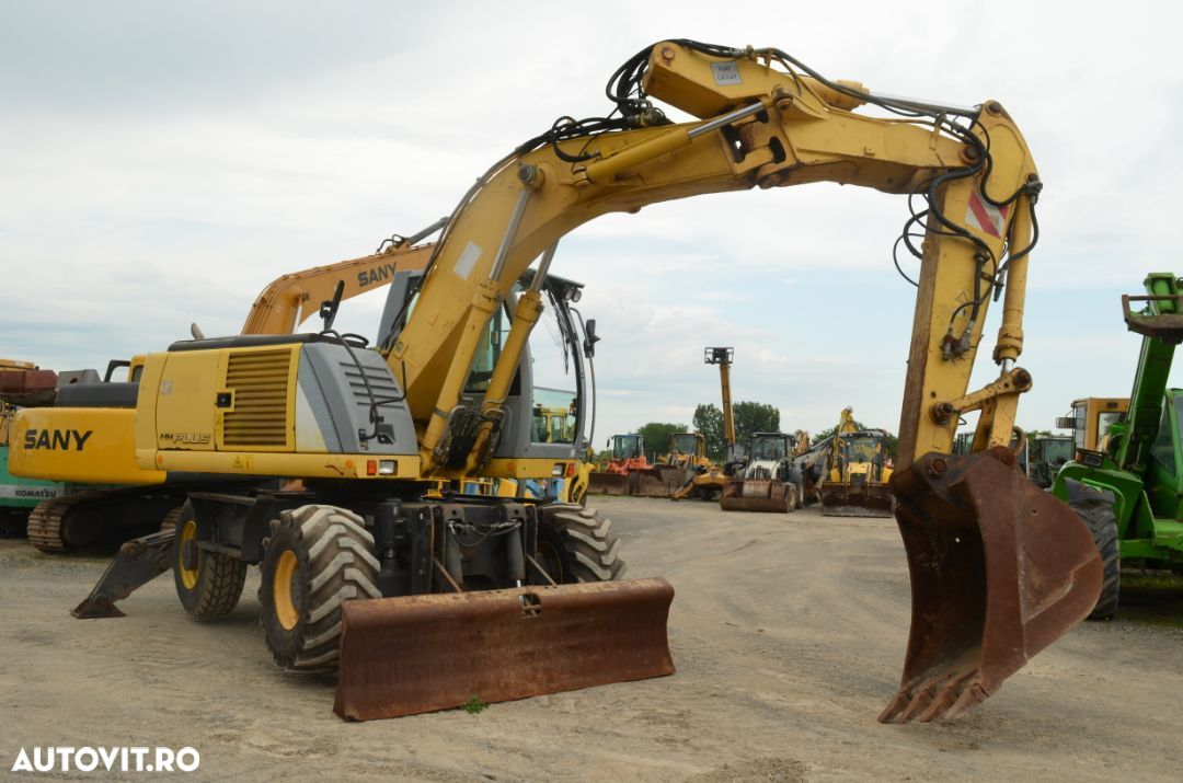 New Holland MH Plus - 4