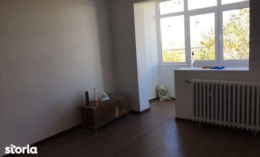 Apartament de vanzare, Prahova (judet), Strada Soldat Erou Nicolae Arhip - Foto 1