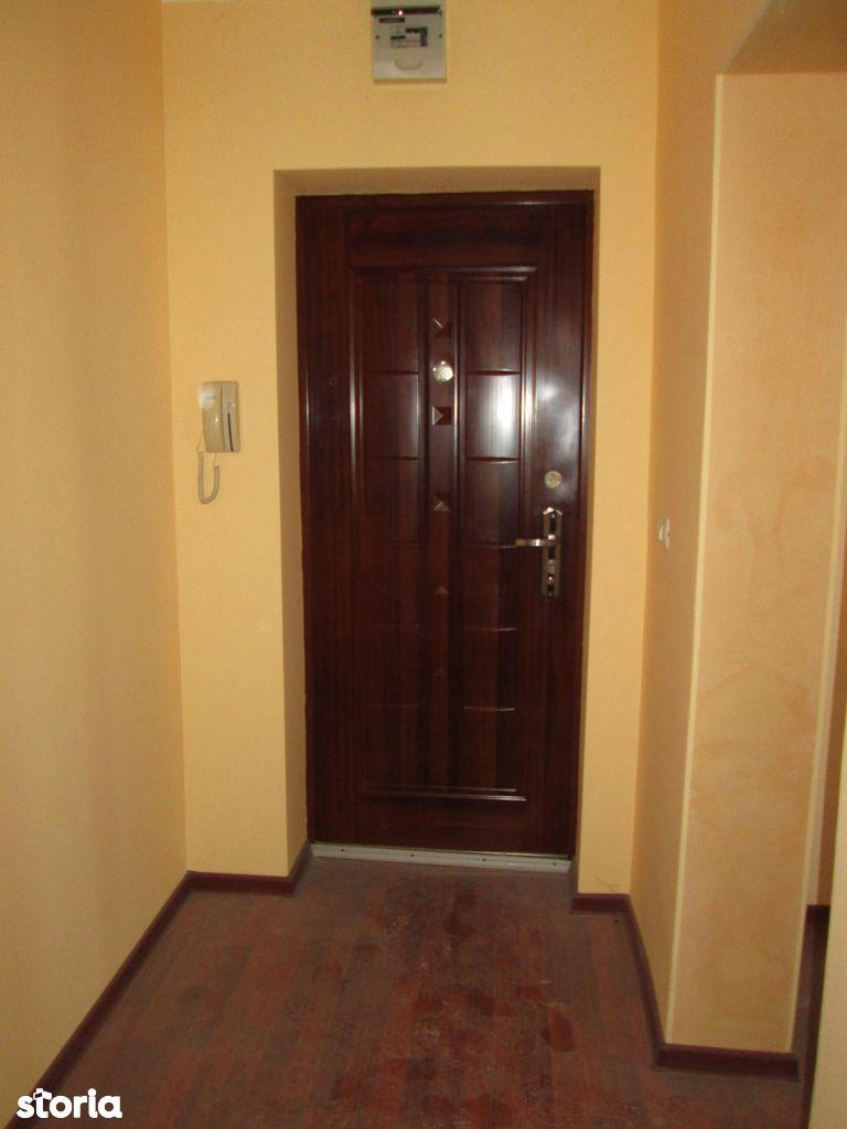 Apartament de vanzare, Vrancea (judet), Focşani - Foto 11