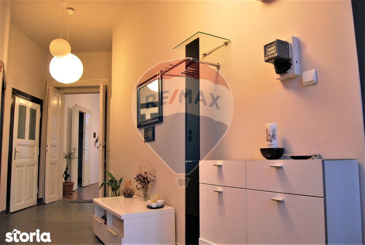 Apartament de vanzare, Bihor (judet), Strada Iosif Vulcan - Foto 1