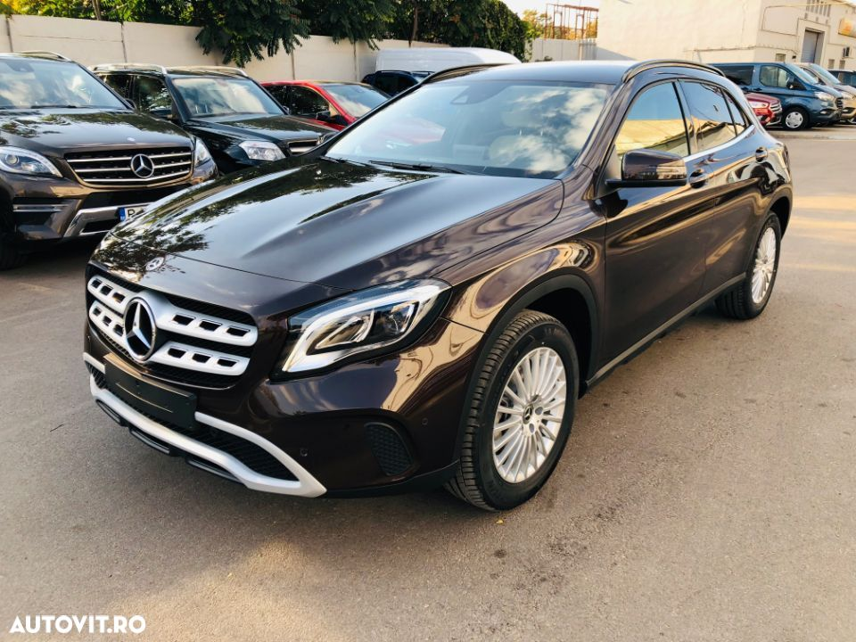 Mercedes-Benz GLA 200 1