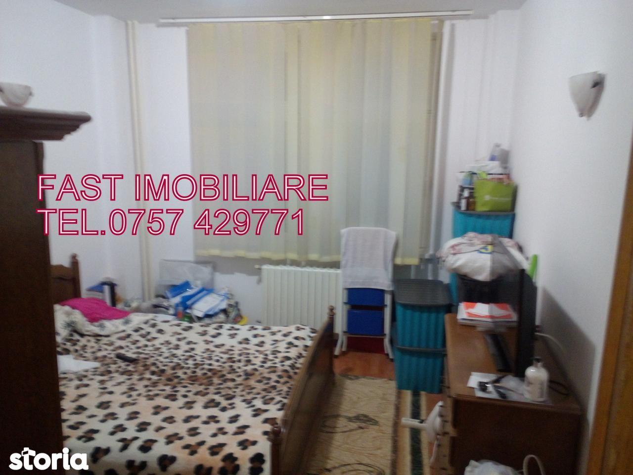 Apartament de vanzare, Neamț (judet), Piatra Neamţ - Foto 4