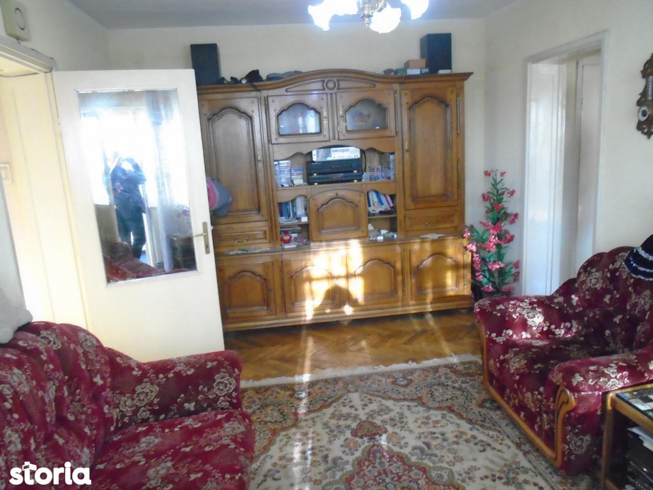 Apartament de vanzare, Dâmbovița (judet), Târgovişte - Foto 12