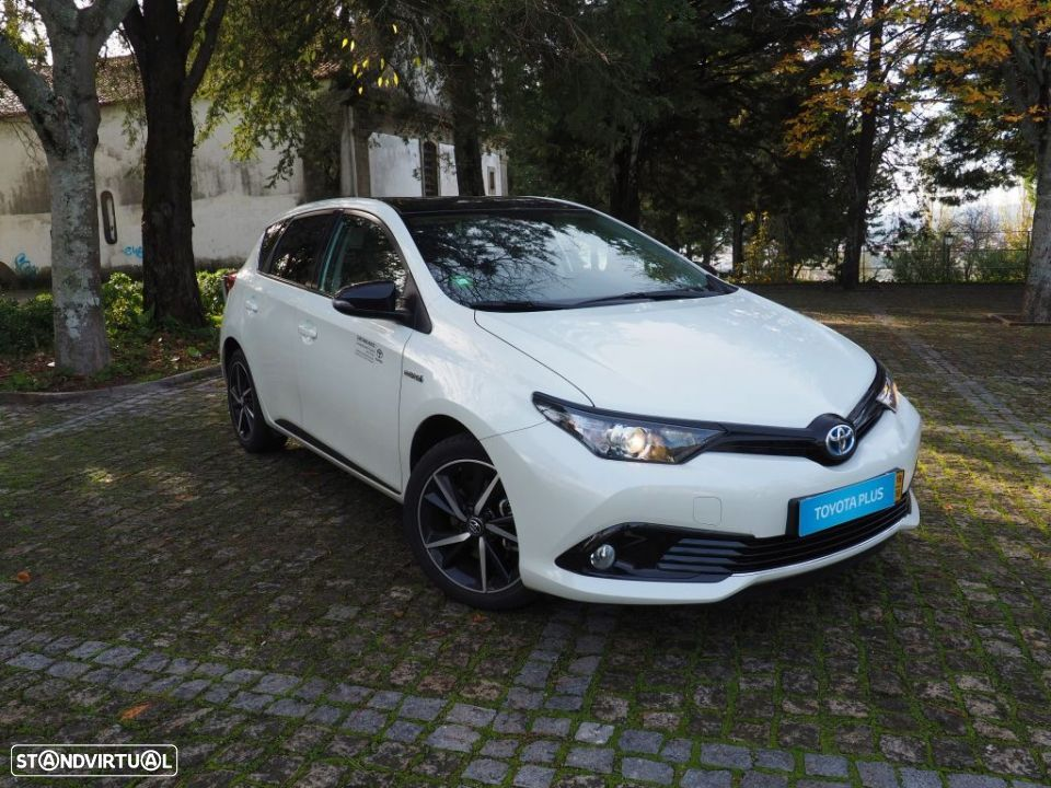 Toyota Auris HB 1.8 Hybrid SQUARE Collection - 1