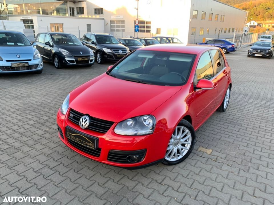 Volkswagen Golf V - 1