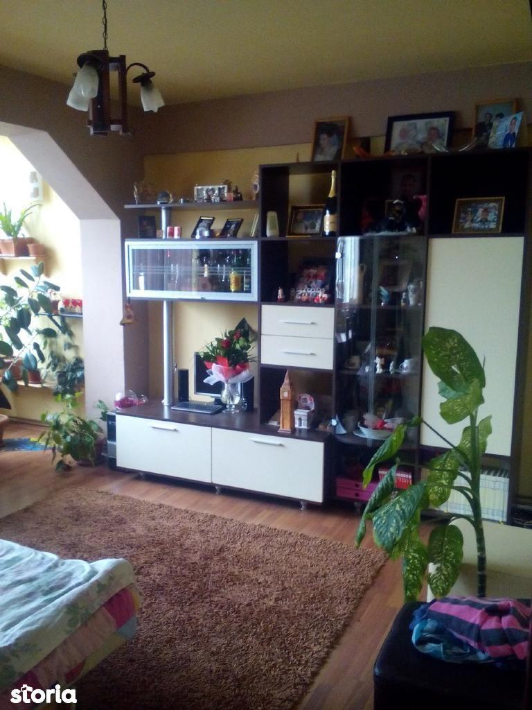 Apartament de vanzare, Maramureș (judet), Strada Florilor - Foto 2