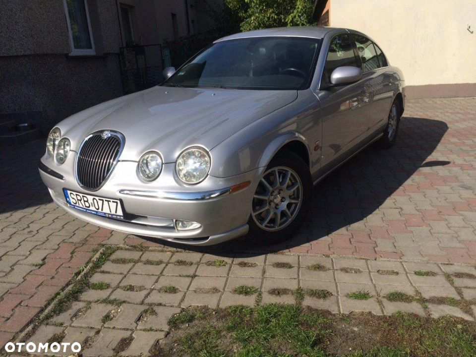 Jaguar S-Type - 2