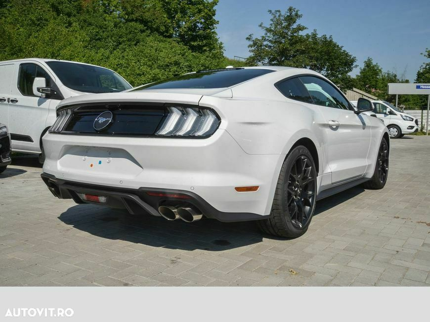 Ford Mustang - 19